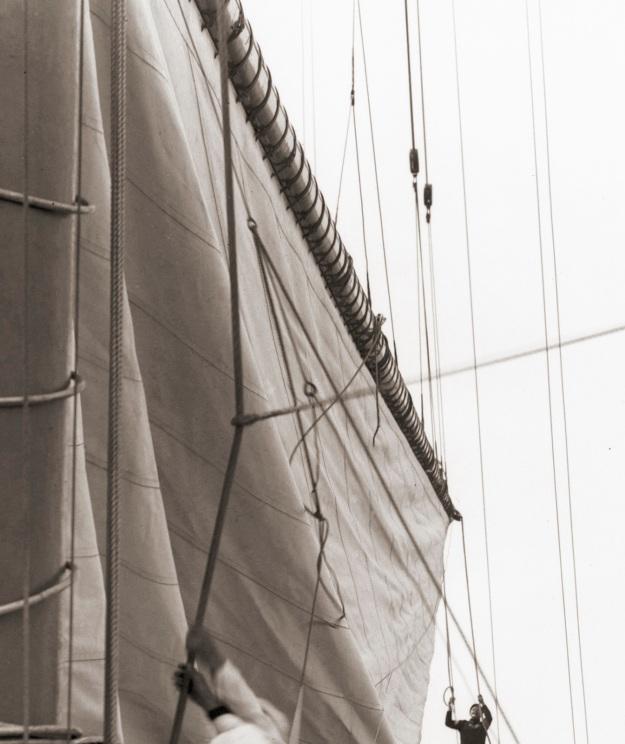 Raising Mainsail